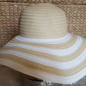 New Vera Bradley Sun Beach Hat Natural Stripe